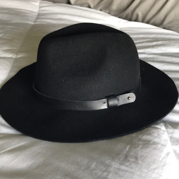 69ea98285 H&M felted wool hat